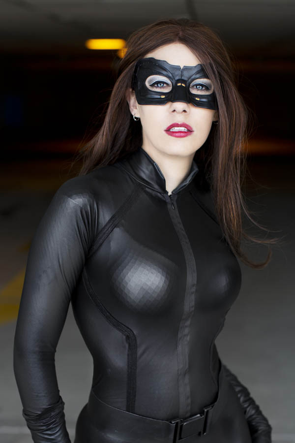 ana-catwoman-1