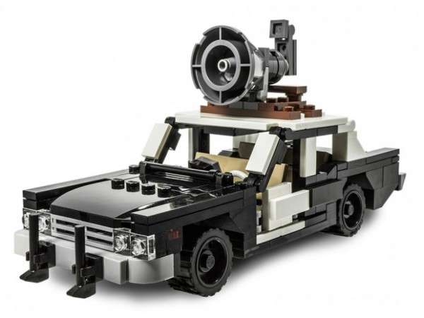 lego_bluesmobile_1-620x465-600x450
