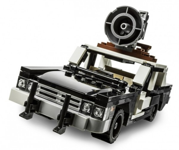 lego_bluesmobile_2-620x521-600x504