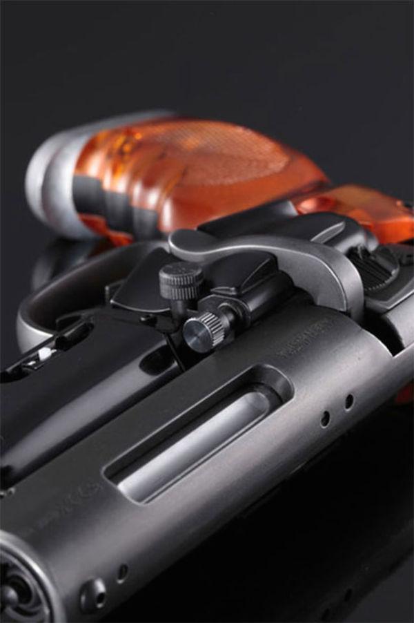 blade-runner-pistol-4