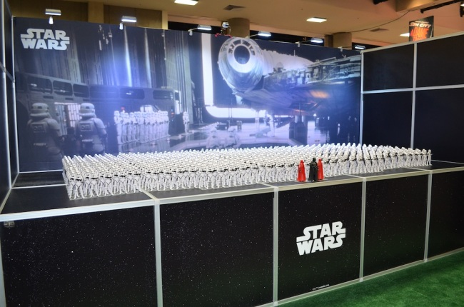 comic-con-2014-star-wars-booth