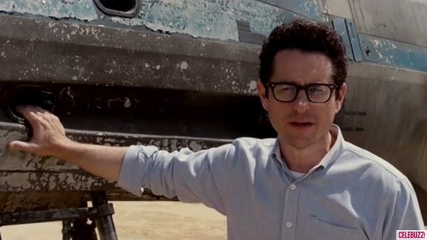 star-wars-jj-abrams-x-wing-starfighter-600x337