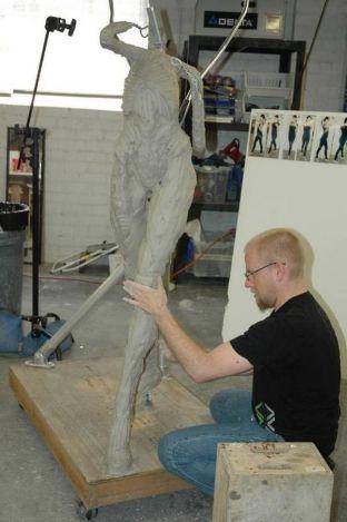 sarah-kerrigan-sculpture-03