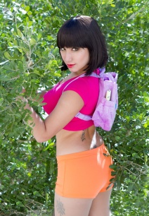 dora-the-explorer-cosplay-03