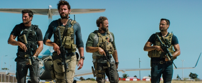 "Left to Right: Pablo Schreiber plays Kris ""Tanto"" Paronto, John Krasinski plays Jack Silva, David Denman plays Dave ""Boon"" Benton and Dominic Fumusa plays John ""Tig"" Tiegen in 13 Hours: The Secret Soldiers of Benghazi from Paramount Pictures and 3 Arts Entertainment / Bay Films in theatres January 15, 2016."