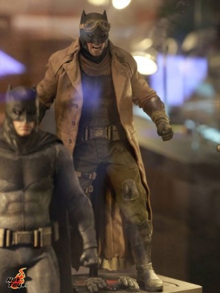 batman_v_superman_figures_2-620x827