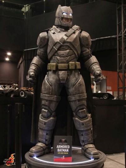 batman_v_superman_figures_3-620x827